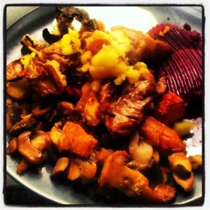 kyckling potatis morötter rödbetor vitlök svamp