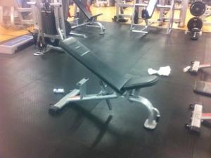 Stökigt på gymmet trots att städaren var där