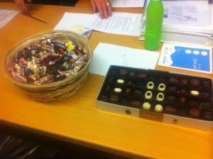 Chokladkorg 1 och chokladask 3