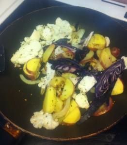 Måndag - Lunch blomkål, rödkål, gul lök, potatis