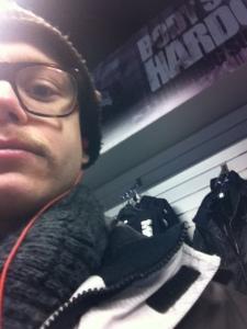 Hälsar på hos Mike i MM Sportsbutiken i Stockholm