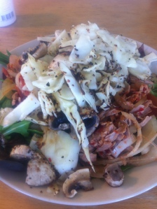 Lunch tonfisk och grönsaker